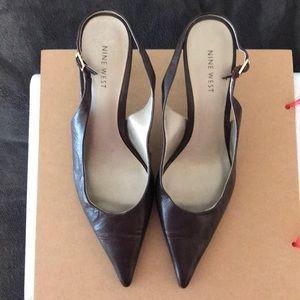 Nine West Godspeed brown leather slingback heel 8M